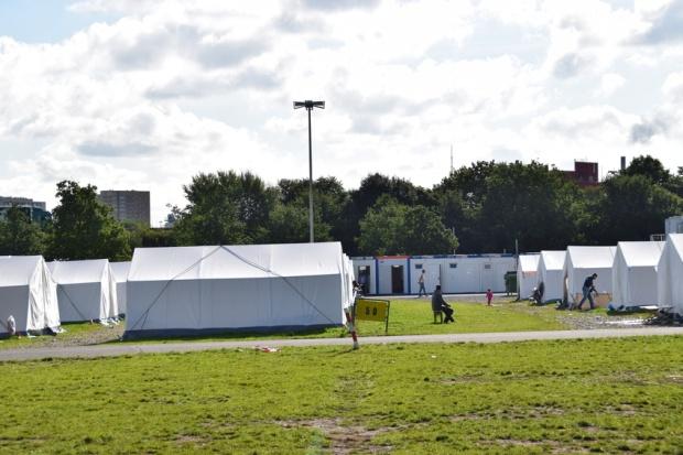 Flüchtlingslager an Volkspark